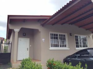 Casa En Venta En Panama, Brisas Del Golf, Panama, PA RAH: 16-2606