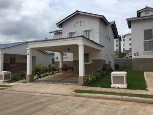 Casa En Alquiler En Arraijan, Vista Alegre, Panama, PA RAH: 16-2837