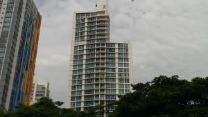 Apartamento En Venta En Panama, Avenida Balboa, Panama, PA RAH: 16-2917
