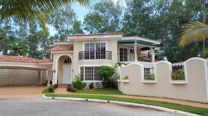 Casa En Venta En Panama, Costa Del Este, Panama, PA RAH: 16-2974