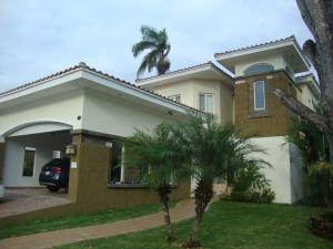Casa En Alquiler En Panama, Ancon, Panama, PA RAH: 16-3246