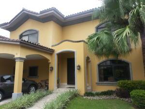 Casa En Venta En Panama, Costa Del Este, Panama, PA RAH: 16-3342
