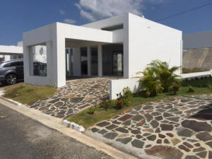 Casa En Venta En Rio Hato, Buenaventura, Panama, PA RAH: 16-3365