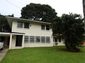 Casa En Venta En Panama, Clayton, Panama, PA RAH: 16-3420