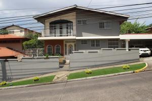 Casa En Venta En Panama, Villa De Las Fuentes, Panama, PA RAH: 16-3643