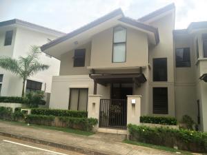 Casa En Venta En Panama, Panama Pacifico, Panama, PA RAH: 16-3655