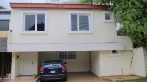 Casa En Venta En Panama, Altos Del Golf, Panama, PA RAH: 16-3694