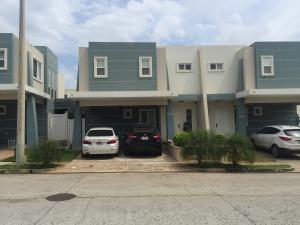 Casa En Venta En Panama, Brisas Del Golf, Panama, PA RAH: 16-3698