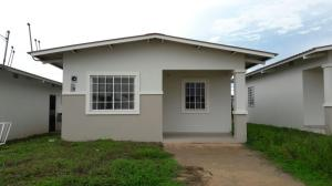 Casa En Alquiler En La Chorrera, Chorrera, Panama, PA RAH: 16-3724