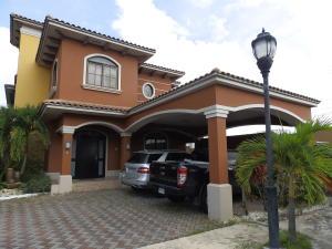 Casa En Venta En Panama, Costa Sur, Panama, PA RAH: 16-3725