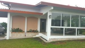 Casa En Venta En Boquete, Boquete, Panama, PA RAH: 16-3758