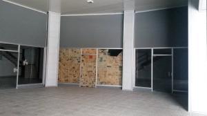 Local Comercial En Alquiler En Panama, Versalles, Panama, PA RAH: 16-3776