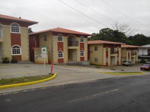 Apartamento En Venta En Panama, Las Cumbres, Panama, PA RAH: 16-3808