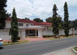 Casa En Venta En Panama, Altos Del Golf, Panama, PA RAH: 16-3830