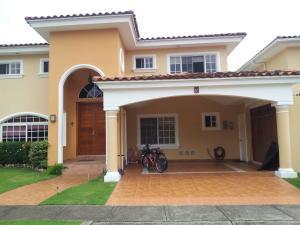 Casa En Venta En Panama, Costa Del Este, Panama, PA RAH: 16-3833