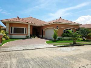 Casa En Venta En Panama, Costa Sur, Panama, PA RAH: 16-3738