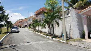 Casa En Venta En Panama, Altos De Panama, Panama, PA RAH: 16-3920