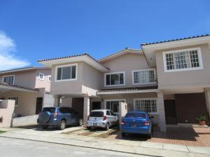 Casa En Alquiler En Panama, Brisas Del Golf, Panama, PA RAH: 16-3926