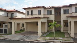 Casa En Alquiler En Panama, Panama Pacifico, Panama, PA RAH: 16-3982
