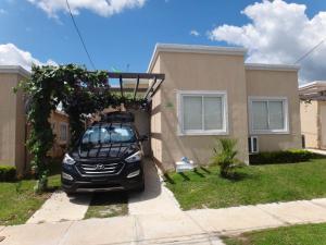 Casa En Alquiler En Chame, Coronado, Panama, PA RAH: 16-4027
