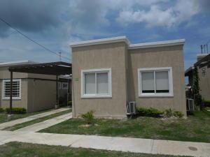 Casa En Alquiler En Chame, Coronado, Panama, PA RAH: 16-4156