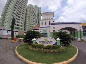 Apartamento En Venta En Panama, Condado Del Rey, Panama, PA RAH: 16-4293