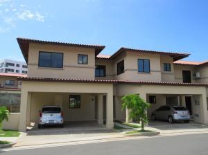 Casa En Alquiler En Panama, Panama Pacifico, Panama, PA RAH: 16-4320