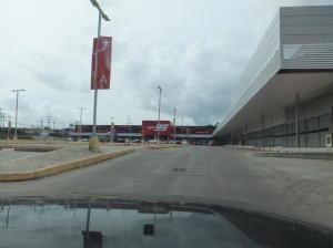 Local Comercial En Alquiler En Panama, Tocumen, Panama, PA RAH: 16-4365