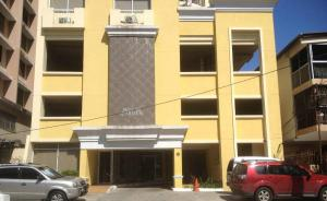 Apartamento En Alquiler En Panama, El Carmen, Panama, PA RAH: 16-4389