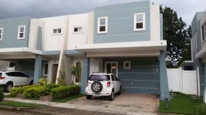 Casa En Alquiler En Panama, Brisas Del Golf, Panama, PA RAH: 16-4453