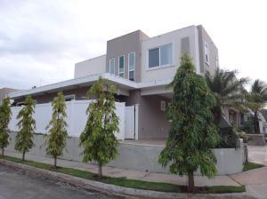 Casa En Venta En San Miguelito, Brisas Del Golf, Panama, PA RAH: 16-4457