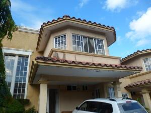Casa En Venta En Panama, Condado Del Rey, Panama, PA RAH: 16-4526