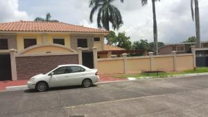 Casa En Alquiler En Panama, Cardenas, Panama, PA RAH: 16-4529
