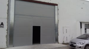 Galera En Alquiler En Panama, Parque Lefevre, Panama, PA RAH: 16-4540