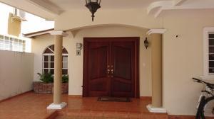 Casa En Venta En San Miguelito, San Antonio, Panama, PA RAH: 16-4581