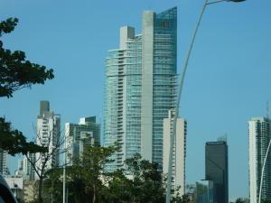 Apartamento En Venta En Panama, Avenida Balboa, Panama, PA RAH: 16-4644