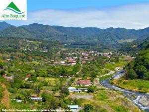 Apartamento En Venta En Boquete, Jaramillo, Panama, PA RAH: 16-4683