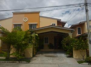 Casa En Venta En San Miguelito, Villa Lucre, Panama, PA RAH: 16-4702