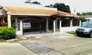 Casa En Venta En La Chorrera, Chorrera, Panama, PA RAH: 16-4754
