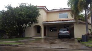 Casa En Venta En Panama, Costa Del Este, Panama, PA RAH: 16-4777