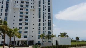 Apartamento En Alquiler En Rio Hato, Playa Blanca, Panama, PA RAH: 16-5106