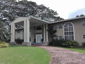 Casa En Alquiler En Panama, Clayton, Panama, PA RAH: 16-5258