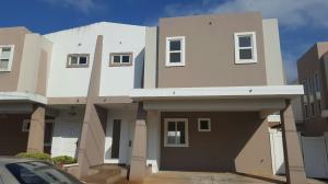 Casa En Alquiler En Panama, Brisas Del Golf, Panama, PA RAH: 16-5289