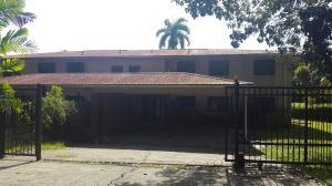 Casa En Alquiler En Panama, Clayton, Panama, PA RAH: 16-5309
