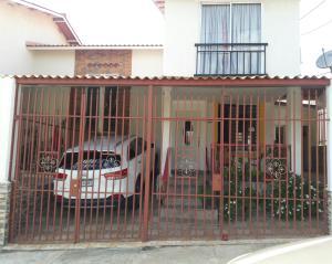 Casa En Ventaen Panama Oeste, Arraijan, Panama, PA RAH: 17-49