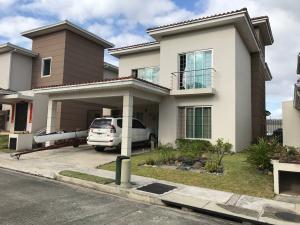 Casa En Venta En Panama, Condado Del Rey, Panama, PA RAH: 17-106