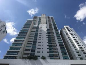 Apartamento En Venta En Panama, Altos Del Golf, Panama, PA RAH: 17-124