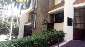 Casa En Alquiler En Panama, La Cresta, Panama, PA RAH: 17-131