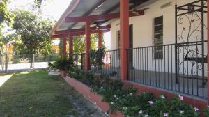Apartamento En Alquiler En Chame, Coronado, Panama, PA RAH: 17-192