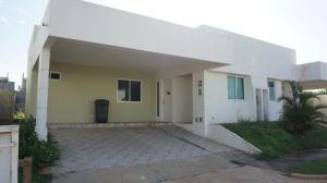 Casa En Alquiler En La Chorrera, Chorrera, Panama, PA RAH: 17-228